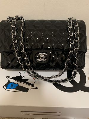 Chanel Flap Bag for Sale in Beverly Hills, CA