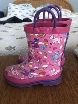 Girls 9/10 Rain boots for Sale in Fort Lauderdale,  FL