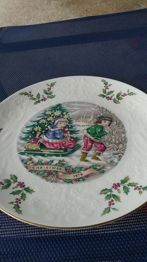 Royal Doulton Third of a series plate for Sale in Tampa, FL