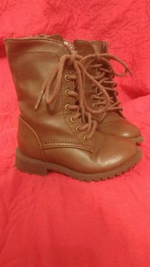 Toddler Girl Brown Lace up boots - Size 6 for Sale in Orange City, FL