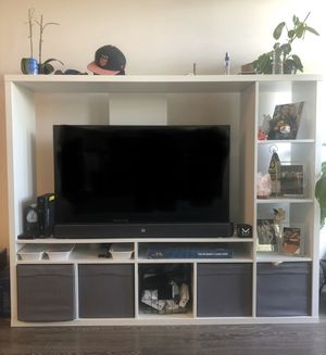 White TV Stand with Storage for Sale in Orlando, FL