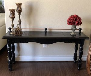 Wood console table for Sale in Richmond, TX