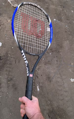 Wilson Federer Classic tennis racket for Sale in Los Angeles, CA