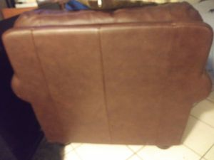 Leather chair & oversized fabric couch w 6 throw pillows ! for Sale in Milton, FL