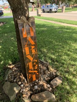 Front door harvest sign with burlap bow for Sale in Baytown,  TX