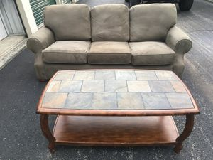 COUCH AND COFFEE TABLE for Sale in Roanoke, VA