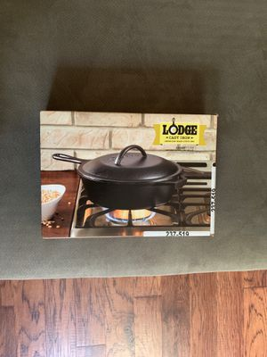 New Lodge cast iron pan for Sale in San Dimas, CA