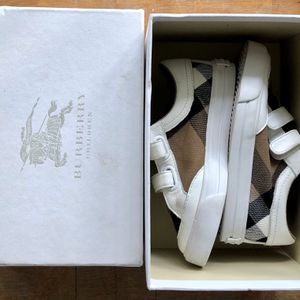 Burberry Vintage Check INFANT Size 25.5 Mini Sneakers for Sale in Miami, FL