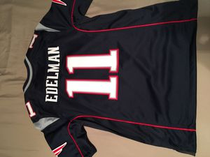 New England patriots jersey for Sale in Paramount, CA
