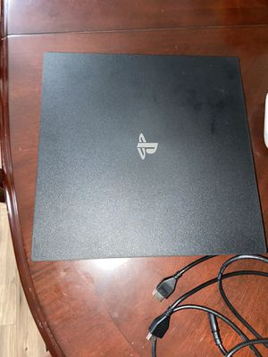 PS4 pro for Sale in St. Petersburg, FL