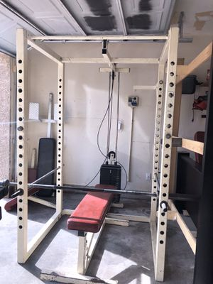 Complete weights it and also a stationary bike and extra weights for Sale in North Las Vegas, NV