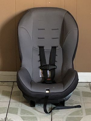 NEVER USED EVENFLO CONVERTIBLE CAR SEAT for Sale in Riverside, CA