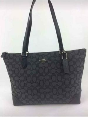 New Authentic Coach Zip Top Tote In Signature Jacquard Handbag Shoulder Bag Purse C. O. A. C. H for Sale in Glendale Heights, IL
