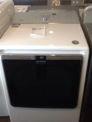 New open box 8.8 Cubic ft. Electric dryer MEDB835DW for Sale in Paramount, CA