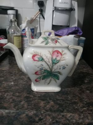 Very old teapot for Sale in Milton, FL