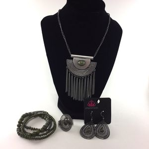Jewelry- Paparazzi Accessories Fashion Fix (necklace earrings ring bracelet) for Sale in Dublin, GA