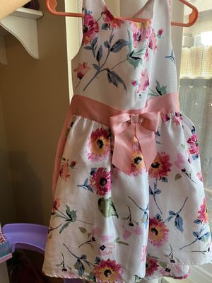 4T girl flower dress for Sale in Perris, CA