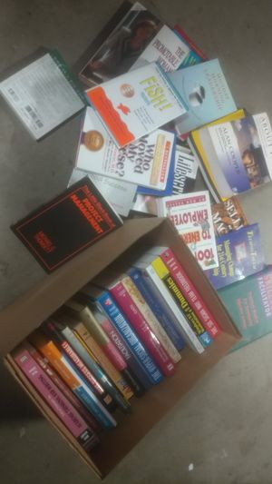 Who moved my cheese? A full box of books, leadership books. IT. Edication and more for Sale in Washington, DC