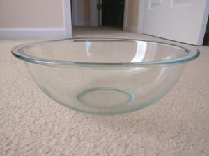 Pyrex Mixing Bowl - 4 Quart for Sale in Duluth, GA