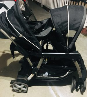 Graco double stroller for Sale in Hermosa Beach, CA