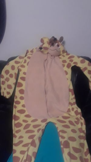A giraffe onezie for Sale in Kaysville, UT