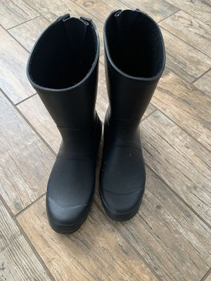 Size 10 rain boots. $10 for Sale in Harwood Heights, IL