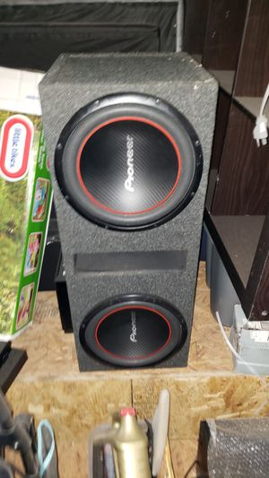 Pioneer 12 inch Subs with 1000 watt Planet Audio Amp In a Comp Pro Box $250 Firm for Sale in Saginaw, TX