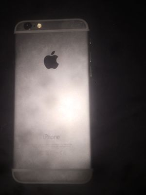 iPhone 6 water damaged for Sale in Lexington, KY