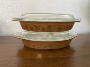 Pyrex Oval Divided Covered Casserole Bake Ware Dish Early American Pattern Promotional Brown Gold for Sale in Las Vegas, NV