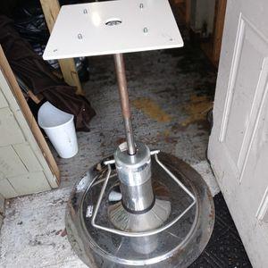 Adjustable Pedestal.. for Sale in Waterbury, CT