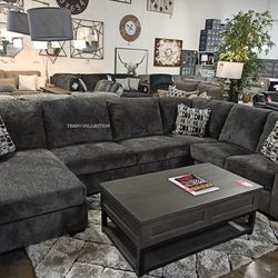 NEW, LARGE SECTIONAL INCLUDING DECORATIVE PILLOWS. SMOKE. IN STOCK. for Sale in Santa Ana,  CA