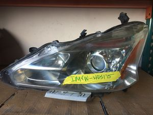 13 - 15 NISSAN ALTIMA FRONT LEFT DRIVER SIDE HEADLIGHT ASSEMBLY for Sale in Fort Lauderdale, FL