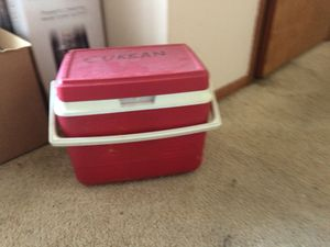 Cooler for Sale in Carnegie, PA