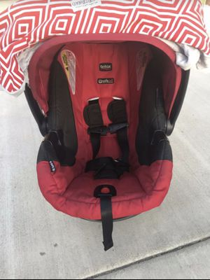 Britax car seat and car adapters for Sale in Buena Park, CA