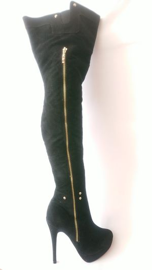 Women's Thigh High Black Suede Winter Boots Size 9 for Sale in Washington, DC