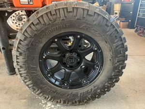 Nitto Trailer Grappler 35x12.50 R18 LT for Sale in Kirkland, WA