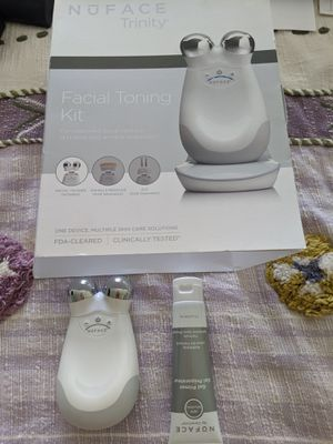 NU skin PRO hand device for Sale in Lisle, IL