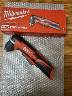 BRAND NEW, Milwaukee 2415-20 M12 Lithium-Ion 3/8 in. Cordless Right Angle Drill Driver (Tool Only) NUEVO for Sale in Henderson,  NV
