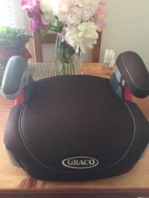 Car seat for Sale in Green Bay, WI