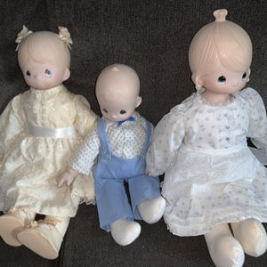 Vintage Precious Moments for Sale in Mentor, OH