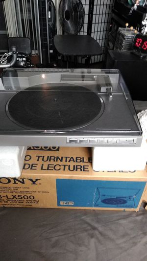 Sony fully automatic direct drive linear tracking arm PS - lx500 stereo turntable system for Sale in Los Angeles, CA