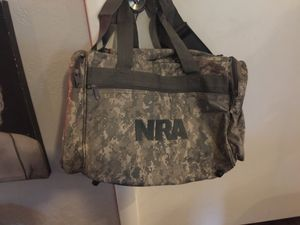 NRA Camo duffLe bag perfect condition for Sale in Spring Hill, FL