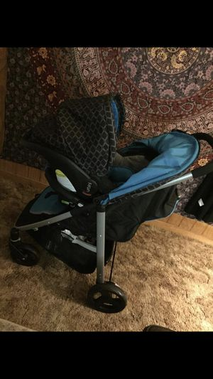 Car seat stroller combo stroller has 3 setting for Sale in Brandon, MS