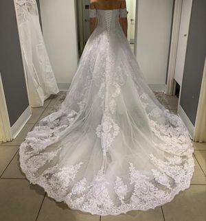 Romantic wedding dress for Sale in Revere, MA
