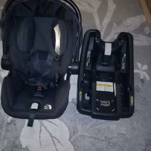 Baby car seat for Sale in Sicklerville, NJ