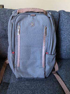 Swiss army backpack for Sale in Bellevue, WA