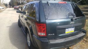 05 Jeep Laredo for Sale in Pittsburgh, PA