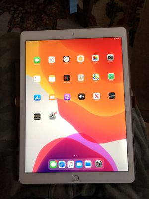 iPad Pro 12.9 WiFi 128gb for Sale in Fairfax, VA