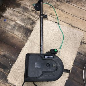 Scotty 1101 Electric Downrigger for Sale in Seattle, WA