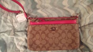 New with tags..Authentic Coach wristlet for Sale in Burlington, NC